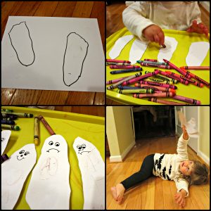 footprint ghost puppets