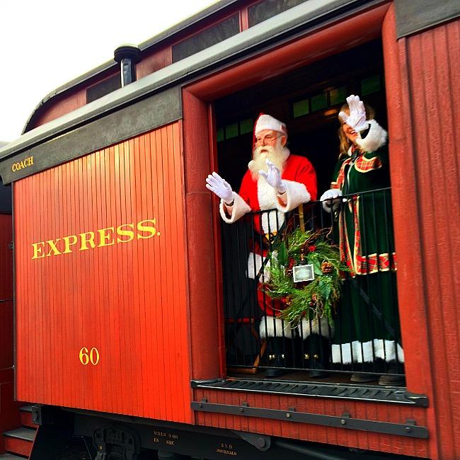 strasburg santa train