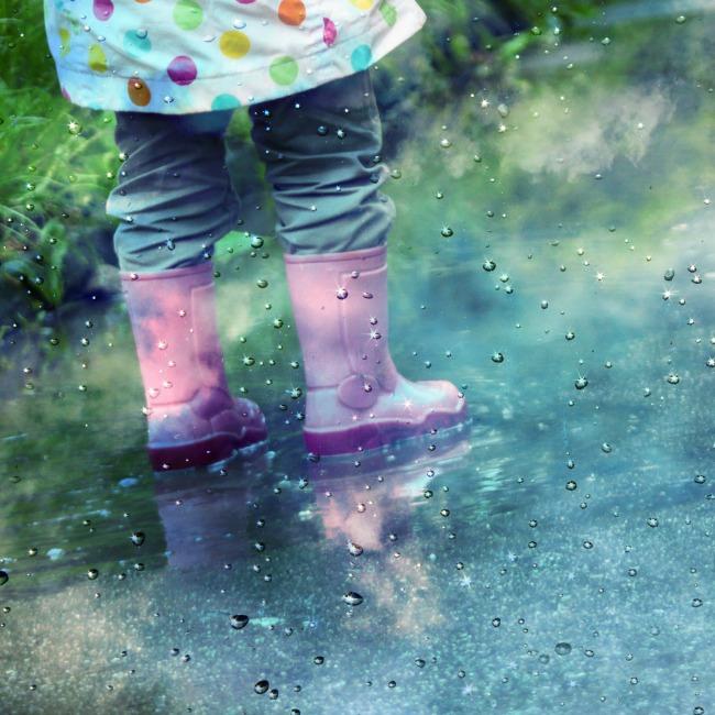 camp in rain