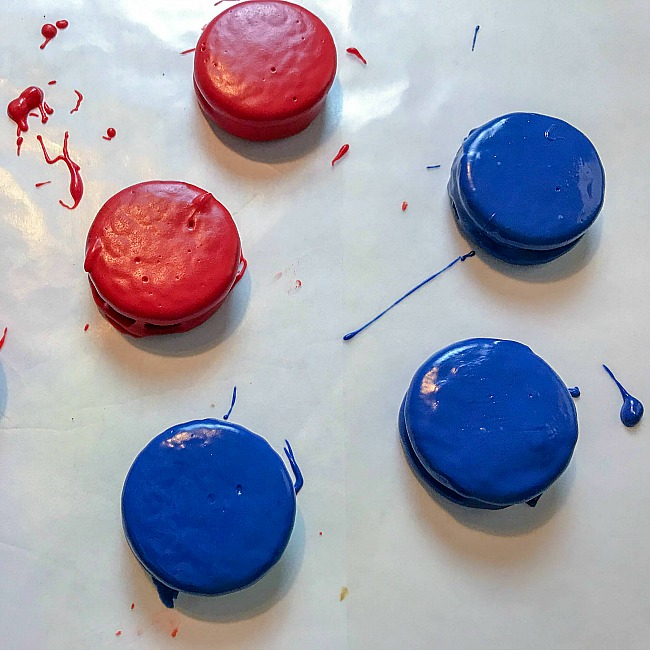 4th of July Decorated Oreos