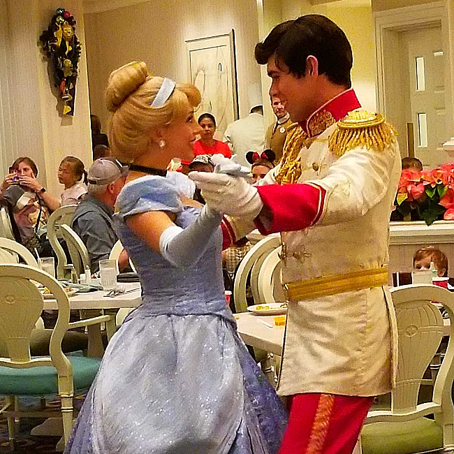 cinderella character dining