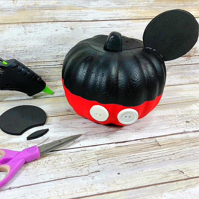 Dollar Store Mickey and Minnie Pumpkin Craft For Kids