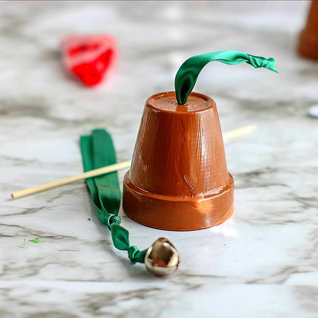 reindeer terra cotta pot bell ornament