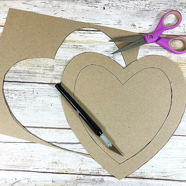 puzzle heart wreath craft