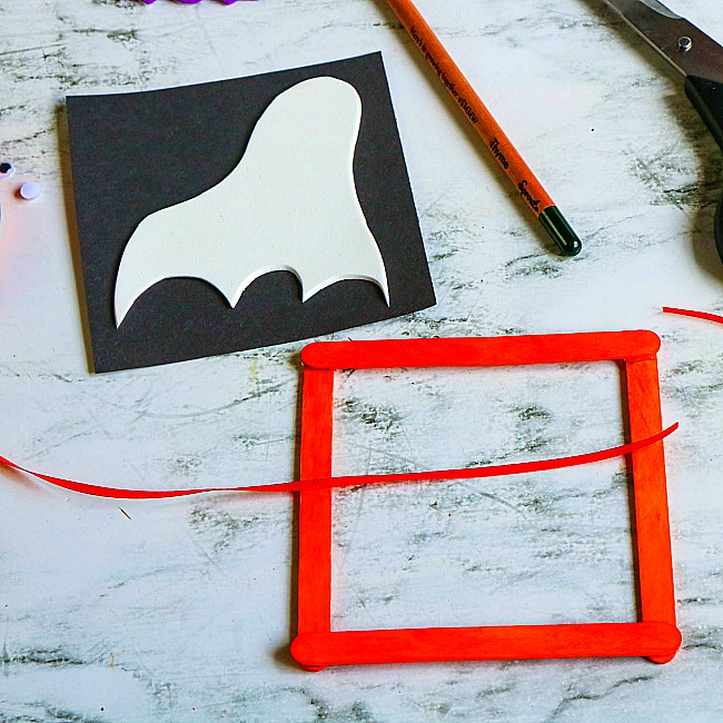 haunted window ghost popsicle stick craft