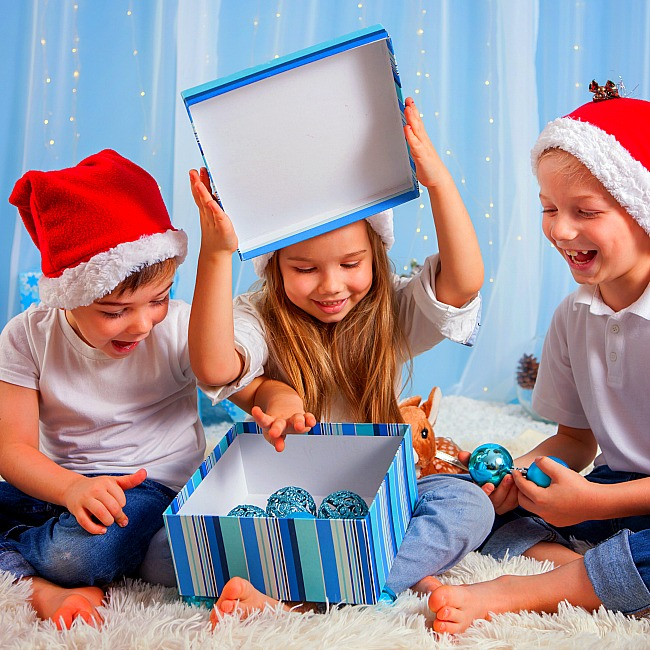 Fun holiday party games for kids