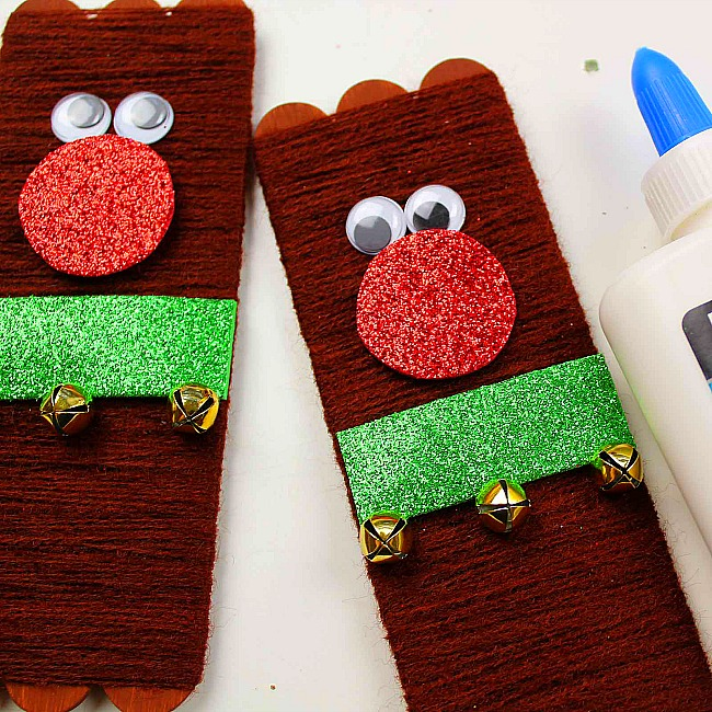 yarn wrapped popsicle stick reindeer ornament craft